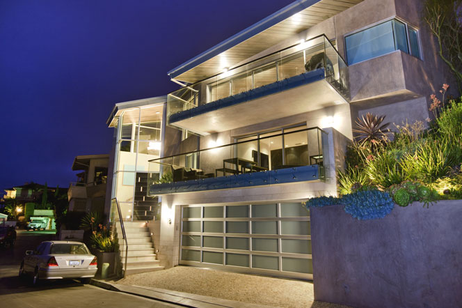 Ultra contemporary laguna beach homes for sale for Modern style homes for sale