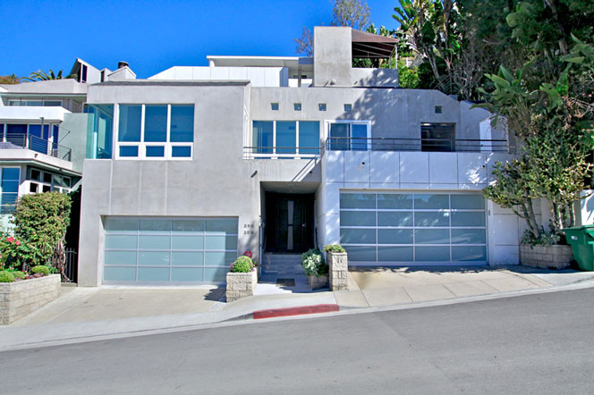 Contemporary laguna beach homes for sale in arch beach heights for Houses for sale laguna beach