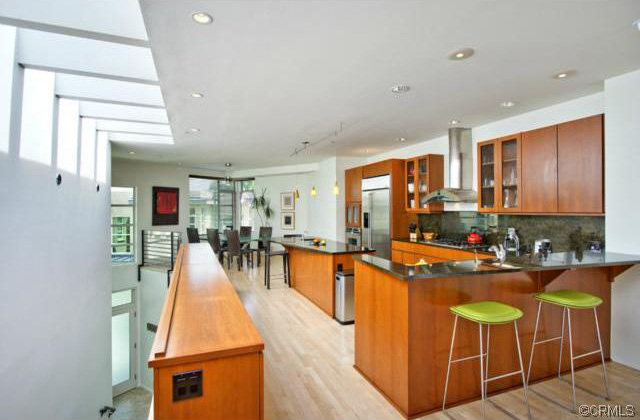Crescent Bay Villas Condo For Sale in Laguna Beach, CA