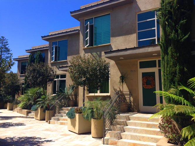 Crescent Bay Villas Condo Complex in Laguna Beach, CA