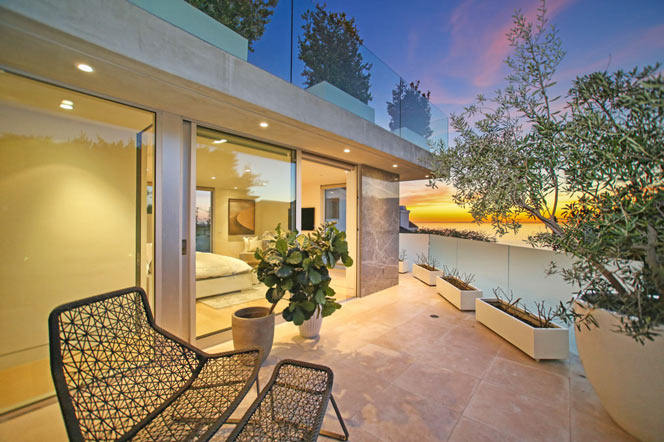 Laguna Beach Contemporary Homes - Laguna Beach Real Estate