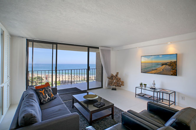 North Laguna Ocean Front Condos in Laguna Beach, California