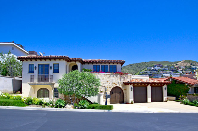 tuscan style ocean view homes for sale in laguna beach ca