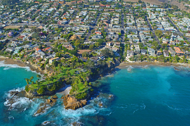 Twin Points Estate In Laguna Beach, California
